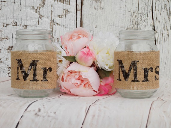 tan-burlap-mr-and-mrs-mason-jar-set